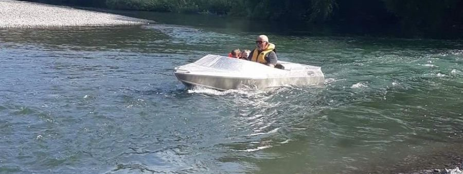 GFAB alloy 3350 jetboat - powered by a Yamaha GP 1200